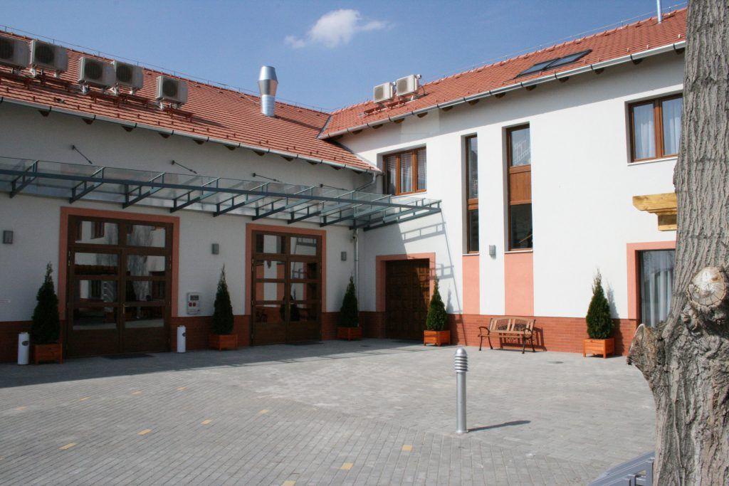 Ecseri Művelődési Központ